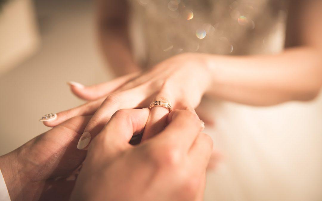 Bliv bryllupsklar med vielsesringe i hvidguld